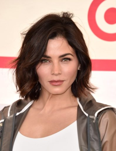 Jenna Dewan - Goth Brown Hair - Fall 2018 Hair Colour Trends - Brunette Bob